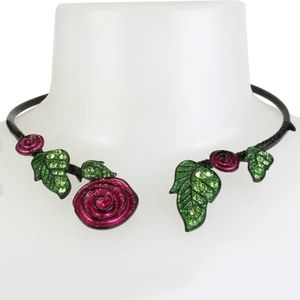 🥀Betsy Johnson Rose hinged collar necklace
